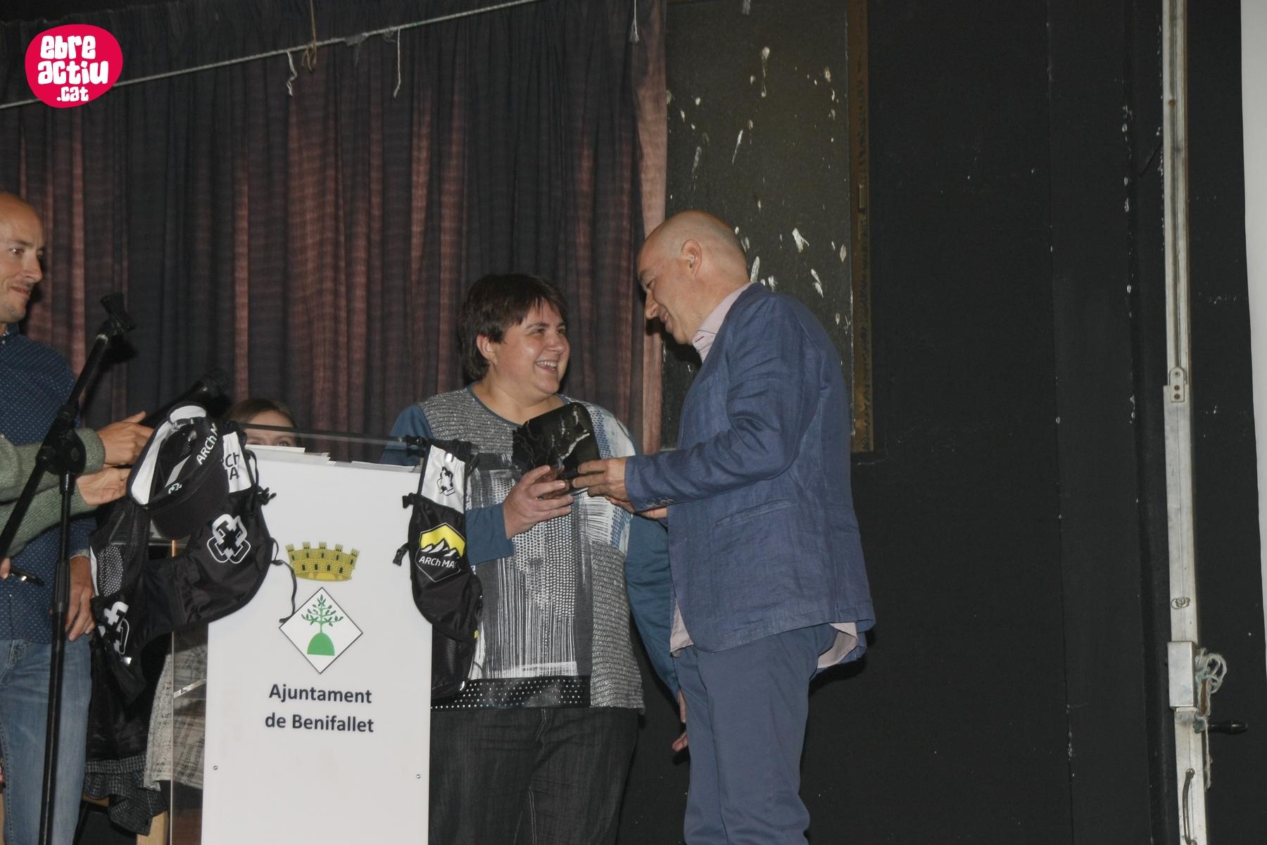 Fotos de l'entrega de trofeus dels Circuits de Curses per muntanya i Canicròs Terres de l'Ebre 2019