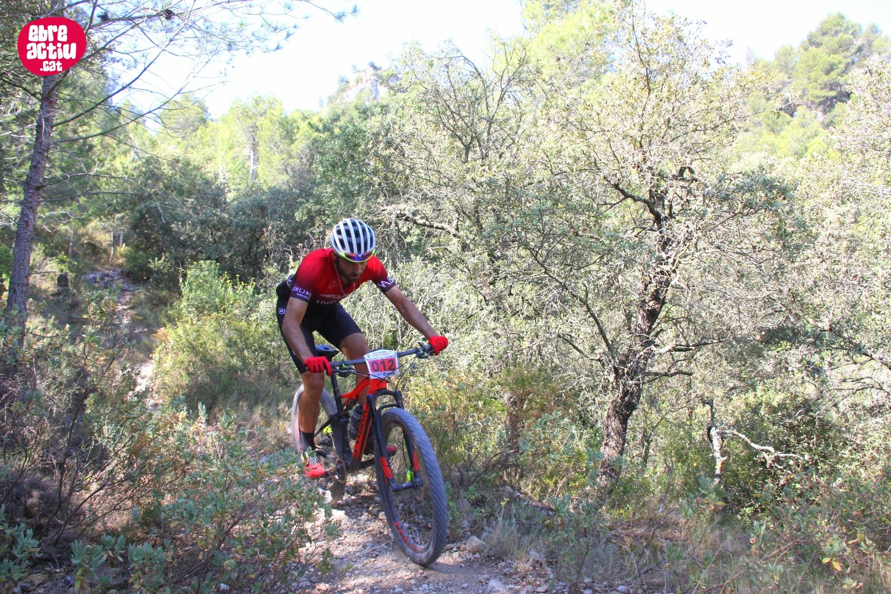 Fotos de la 12 cursa BTT A per la Cabra de Tivissa (2 de 2)